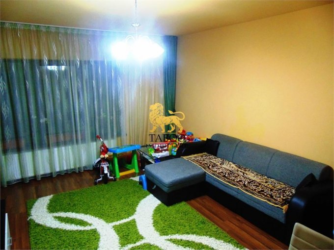 Apartament de vanzare direct de la agentie imobiliara, in Sibiu, in zona Selimbar, cu 49.500 euro. 1 grup sanitar, suprafata utila 59 mp.