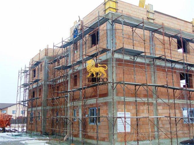vanzare Apartament Sibiu cu 2 camere, cu 1 grup sanitar, suprafata utila 47 mp. Pret: 34.700 euro.