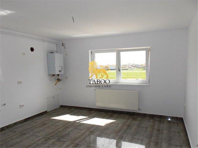 vanzare Apartament Sibiu cu 2 camere, cu 1 grup sanitar, suprafata utila 57 mp. Pret: 33.000 euro.