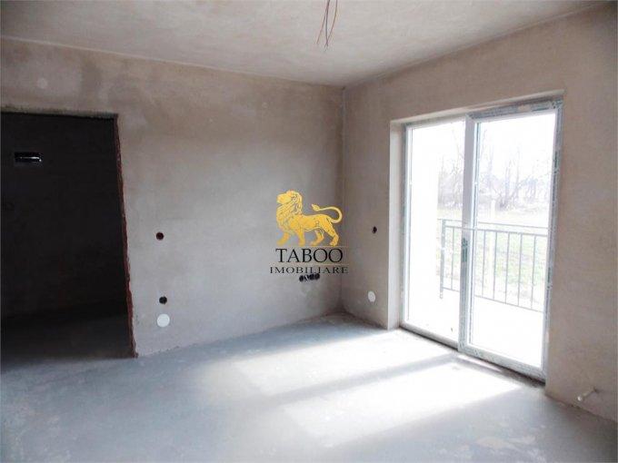 vanzare Apartament Sibiu cu 2 camere, cu 1 grup sanitar, suprafata utila 55 mp. Pret: 34.600 euro.