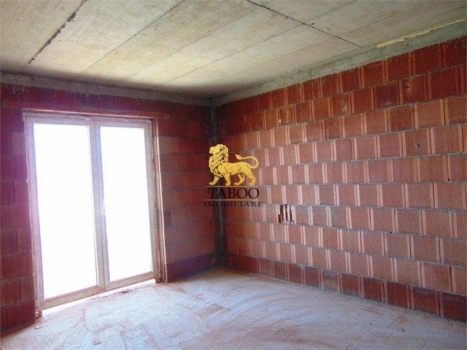 Apartament de vanzare in Sibiu cu 2 camere, cu 1 grup sanitar, suprafata utila 53 mp. Pret: 36.900 euro.