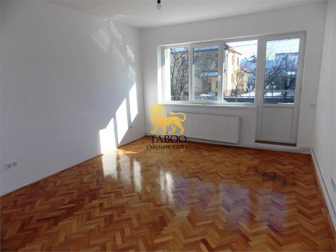 Apartament de inchiriat in Sibiu cu 2 camere, cu 1 grup sanitar, suprafata utila 70 mp. Pret: 1.000 euro.