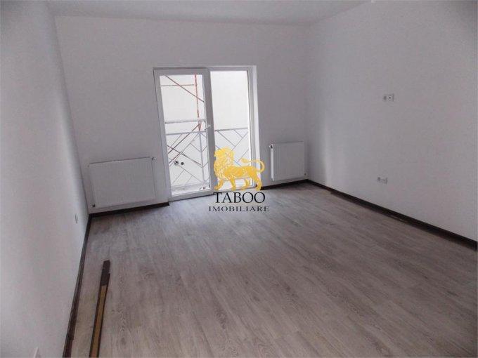 Apartament vanzare Sibiu 2 camere, suprafata utila 51 mp, 1 grup sanitar. 34.900 euro. Etajul 2 / 3. Apartament Calea Cisnadiei Sibiu