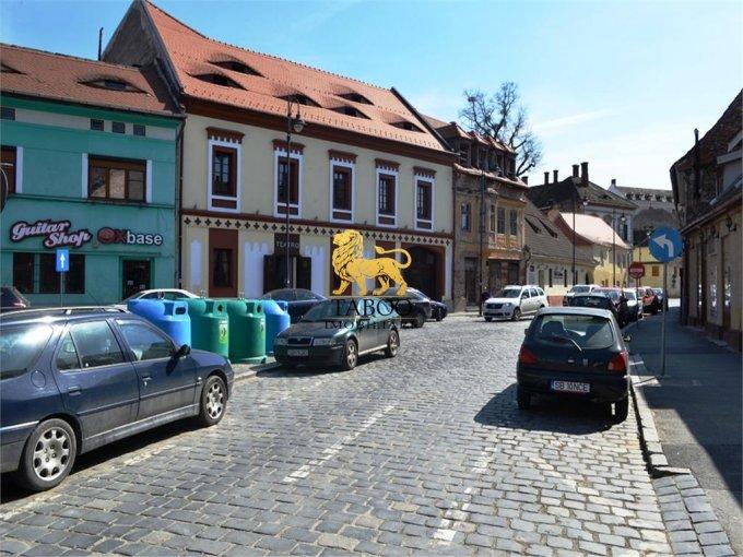 Apartament vanzare Orasul de Jos cu 2 camere, etajul 1 / 1, 1 grup sanitar, cu suprafata de 40 mp. Sibiu, zona Orasul de Jos.