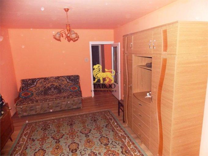 Apartament inchiriere Sibiu 2 camere, suprafata utila 56 mp, 1 grup sanitar. 190 euro. Etajul 1 / 4. Apartament Vasile Aaron Sibiu