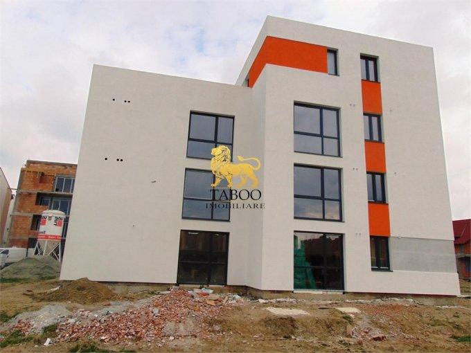 Apartament de vanzare direct de la agentie imobiliara, in Sibiu, in zona Selimbar, cu 37.500 euro. 1 grup sanitar, suprafata utila 51 mp.