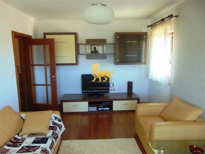 Apartament inchiriere Sibiu 2 camere, suprafata utila 52 mp, 1 grup sanitar. 350 euro. Etajul 3 / 3. Apartament Valea Aurie Sibiu