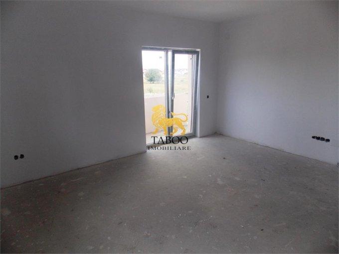 vanzare Apartament Sibiu cu 2 camere, cu 1 grup sanitar, suprafata utila 36 mp. Pret: 30.000 euro.