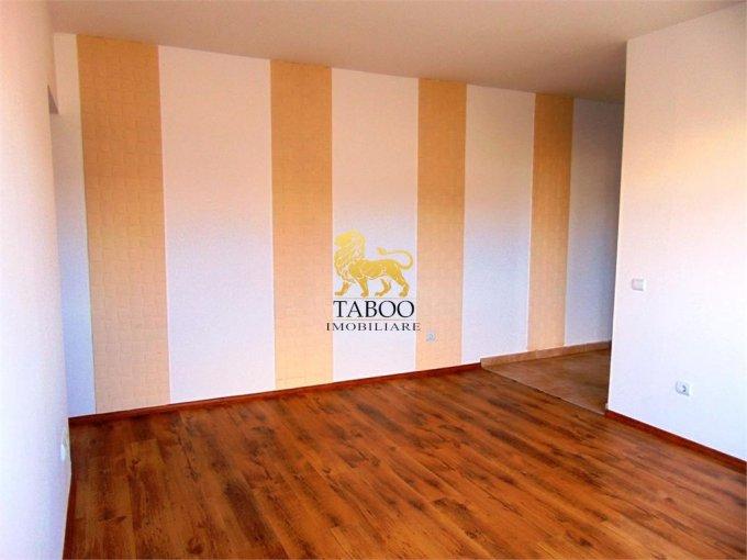 vanzare Apartament Sibiu cu 2 camere, cu 1 grup sanitar, suprafata utila 46 mp. Pret: 35.000 euro.