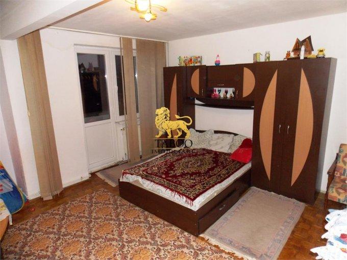 Apartament vanzare Terezian cu 2 camere, etajul 1 / 4, 1 grup sanitar, cu suprafata de 50 mp. Sibiu, zona Terezian.