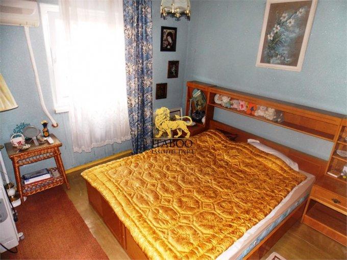 Apartament de vanzare in Sibiu cu 2 camere, cu 1 grup sanitar, suprafata utila 45 mp. Pret: 42.000 euro.