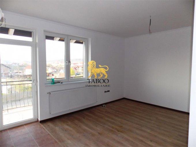 vanzare Apartament Sibiu cu 2 camere, cu 1 grup sanitar, suprafata utila 48 mp. Pret: 40.000 euro.