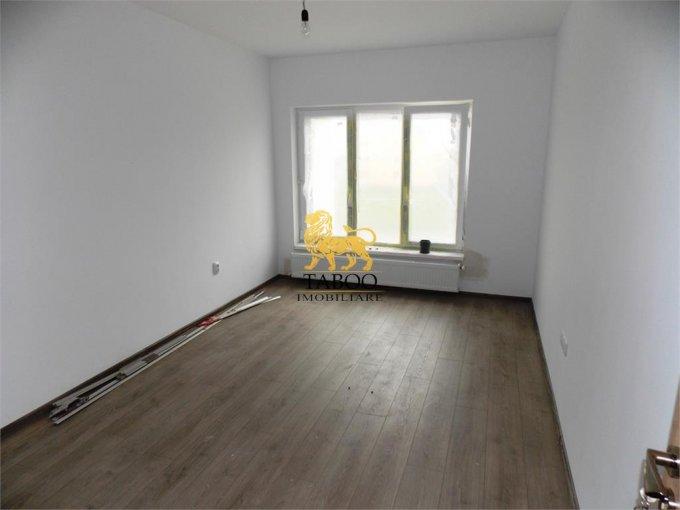 Apartament vanzare Calea Cisnadiei cu 2 camere, etajul 2 / 3, 1 grup sanitar, cu suprafata de 51 mp. Sibiu, zona Calea Cisnadiei.
