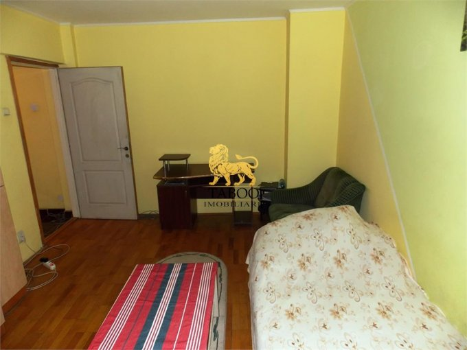 Apartament inchiriere Sibiu 2 camere, suprafata utila 59 mp, 1 grup sanitar. 320 euro. Etajul 1 / 4. Apartament Sibiu