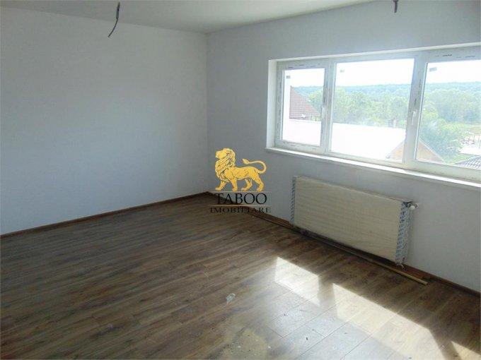 Apartament vanzare Sibiu 2 camere, suprafata utila 53 mp, 1 grup sanitar. 37.000 euro. Etajul 2 / 2. Apartament Calea Cisnadiei Sibiu