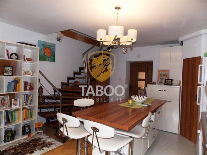 Apartament de vanzare direct de la agentie imobiliara, in Sibiu, cu 97.000 euro. 1 grup sanitar, suprafata utila 72 mp.