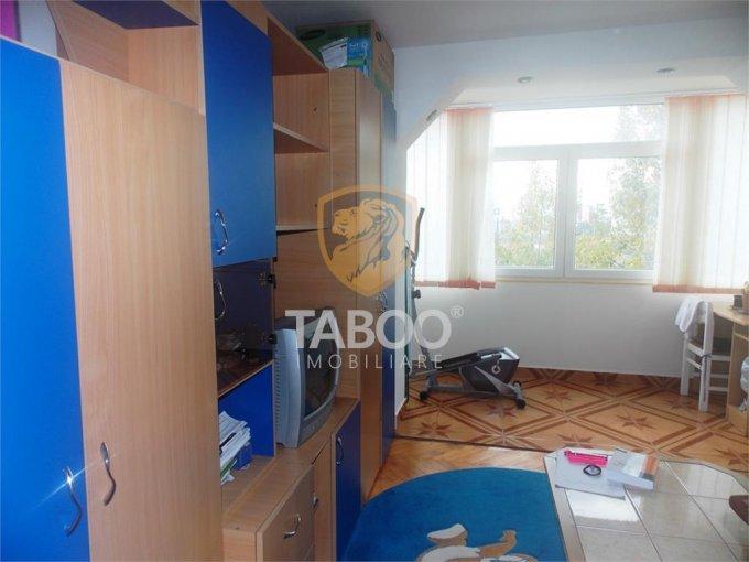 Apartament de vanzare direct de la agentie imobiliara, in Sibiu, cu 51.500 euro. 1 grup sanitar, suprafata utila 45 mp.