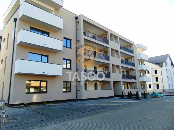 Apartament vanzare Calea Cisnadiei cu 2 camere, etajul 3 / 3, 1 grup sanitar, cu suprafata de 44 mp. Sibiu, zona Calea Cisnadiei.