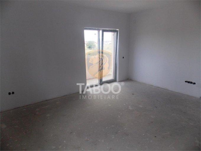 Apartament vanzare Sibiu 2 camere, suprafata utila 61 mp, 1 grup sanitar. 44.000 euro. Etajul 2 / 2. Apartament Calea Cisnadiei Sibiu