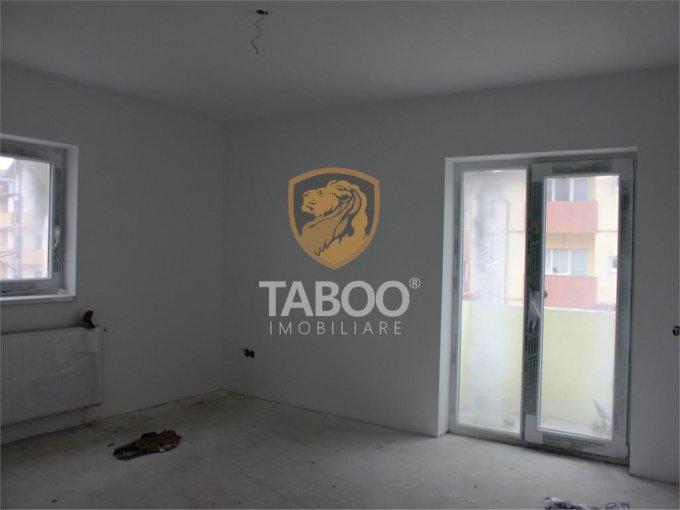 Apartament de vanzare direct de la agentie imobiliara, in Sibiu, in zona Calea Cisnadiei, cu 27.500 euro. 1 grup sanitar, suprafata utila 44 mp.