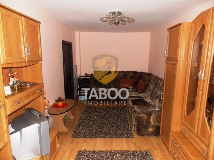 Apartament vanzare Sibiu 2 camere, suprafata utila 45 mp, 1 grup sanitar. 49.000 euro. Etajul 4 / 4. Apartament Valea Aurie Sibiu