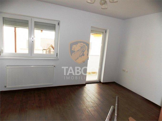 Apartament de vanzare in Sibiu cu 2 camere, cu 1 grup sanitar, suprafata utila 50 mp. Pret: 45.000 euro.
