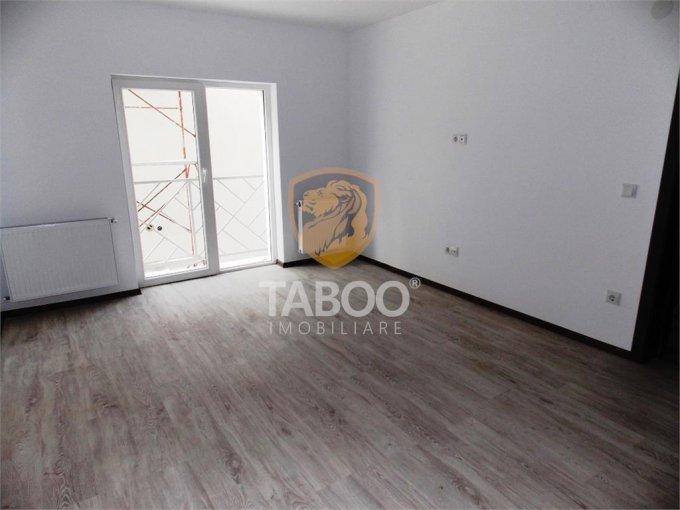 Apartament de vanzare direct de la agentie imobiliara, in Sibiu, in zona Calea Cisnadiei, cu 50.000 euro. 1 grup sanitar, suprafata utila 56 mp.