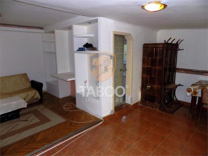 vanzare Apartament Sibiu cu 2 camere, cu 1 grup sanitar, suprafata utila 65 mp. Pret: 56.000 euro.