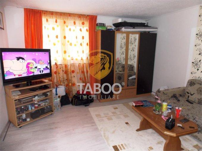 Apartament vanzare Sibiu 2 camere, suprafata utila 42 mp, 1 grup sanitar. 48.000 euro. Etajul Demisol / 4. Apartament Terezian Sibiu