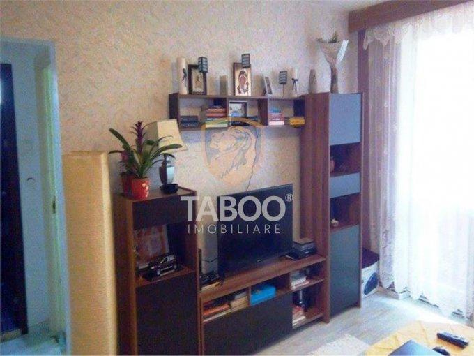 Apartament de vanzare in Sibiu cu 2 camere, cu 1 grup sanitar, suprafata utila 52 mp. Pret: 51.000 euro.
