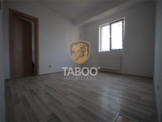 Apartament de vanzare direct de la agentie imobiliara, in Sibiu, in zona Calea Cisnadiei, cu 38.000 euro. 1 grup sanitar, suprafata utila 42 mp.