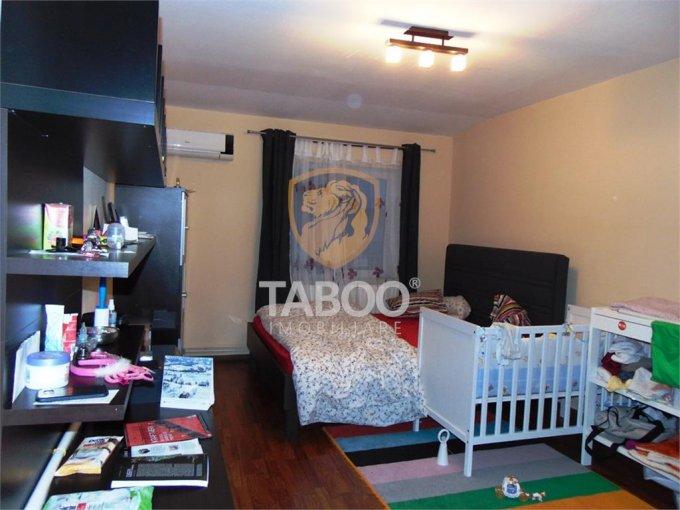 Apartament de vanzare in Sibiu cu 2 camere, cu 1 grup sanitar, suprafata utila 54 mp. Pret: 41.000 euro.