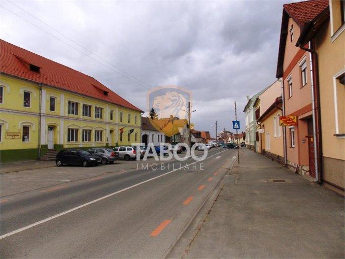 Apartament vanzare Turnisor cu 2 camere, etajul 1 / 1, 1 grup sanitar, cu suprafata de 69 mp. Sibiu, zona Turnisor.