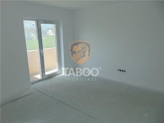 Apartament vanzare Sibiu 2 camere, suprafata utila 52 mp, 1 grup sanitar. 37.800 euro. Etajul 1 / 3. Apartament Calea Cisnadiei Sibiu