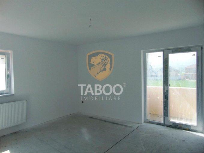 vanzare Apartament Sibiu cu 2 camere, cu 1 grup sanitar, suprafata utila 53 mp. Pret: 40.500 euro.