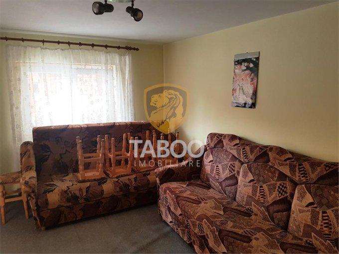 Apartament de inchiriat in Sibiu cu 2 camere, cu 1 grup sanitar, suprafata utila 46 mp. Pret: 190 euro.