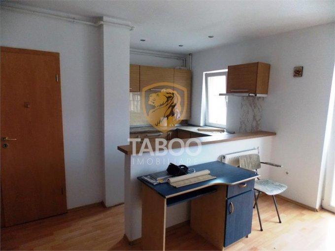 Apartament inchiriere Sibiu 2 camere, suprafata utila 40 mp, 1 grup sanitar. 250 euro. Etajul Mansarda / 5. Apartament Vasile Milea Sibiu