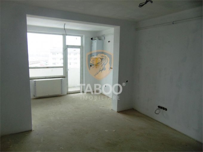 Apartament de vanzare direct de la agentie imobiliara, in Sibiu, in zona Piata Cluj, cu 62.300 euro. 1 grup sanitar, suprafata utila 50 mp.