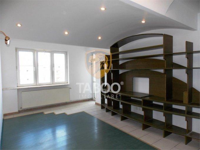 Apartament vanzare Strand cu 2 camere, etajul 4 / 4, 1 grup sanitar, cu suprafata de 48 mp. Sibiu, zona Strand.