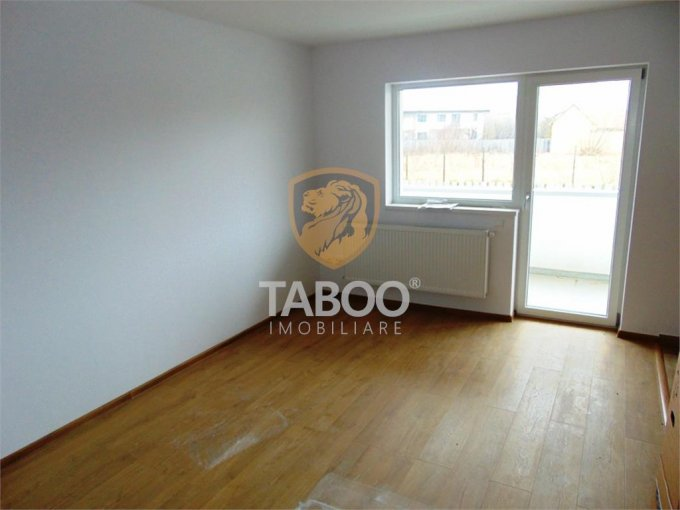 Apartament vanzare Vasile Aaron cu 2 camere, etajul 1 / 2, 1 grup sanitar, cu suprafata de 50 mp. Sibiu, zona Vasile Aaron.