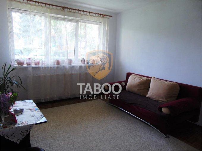 Apartament vanzare cu 2 camere, la Parter / 4, 1 grup sanitar, cu suprafata de 49 mp. Sibiu.