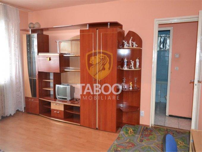 vanzare Apartament Sibiu cu 2 camere, cu 1 grup sanitar, suprafata utila 45 mp. Pret: 41.000 euro.