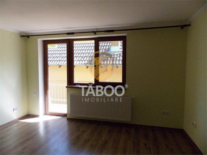 Apartament de inchiriat in Sibiu cu 2 camere, cu 1 grup sanitar, suprafata utila 70 mp. Pret: 230 euro.