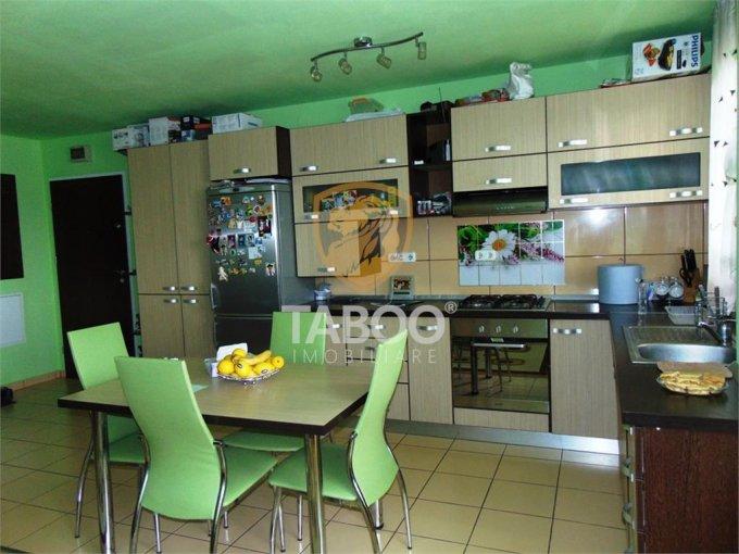 vanzare Apartament Sibiu cu 2 camere, cu 1 grup sanitar, suprafata utila 60 mp. Pret: 65.000 euro.