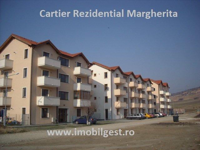 agentie imobiliara vand apartament decomandat, in zona Gusterita, orasul Sibiu