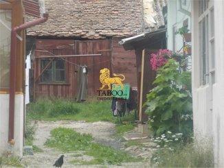 vanzare apartament cu 2 camere, decomandat, in zona Orasul de Jos, orasul Sibiu