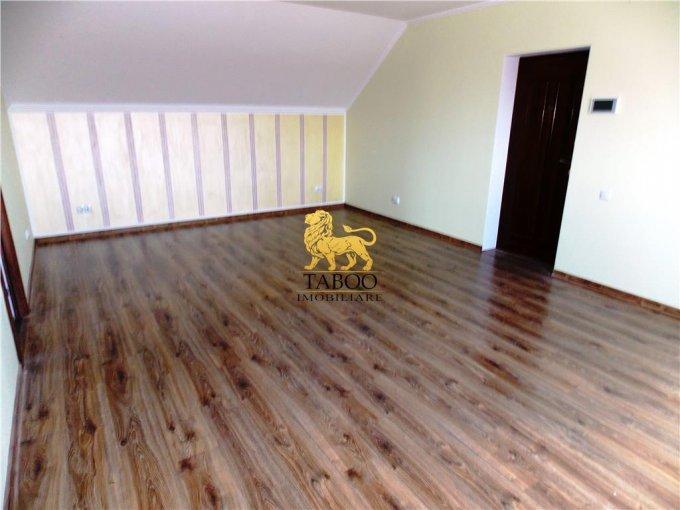 Apartament de inchiriat in Sibiu cu 2 camere, cu 1 grup sanitar, suprafata utila 90 mp. Pret: 250 euro.