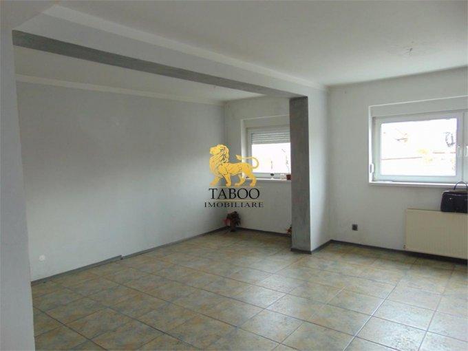 Apartament de vanzare in Sibiu cu 2 camere, cu 1 grup sanitar, suprafata utila 72 mp. Pret: 44.500 euro.