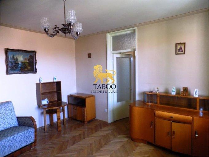 Apartament de inchiriat in Sibiu cu 2 camere, cu 1 grup sanitar, suprafata utila 55 mp. Pret: 200 euro.