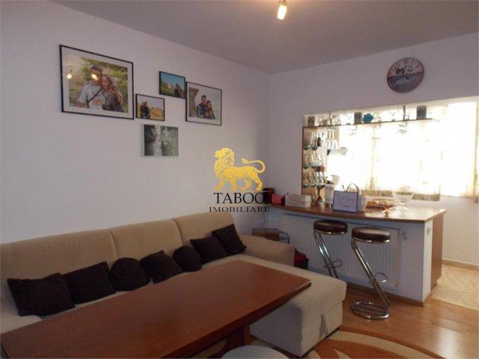 vanzare Apartament Sibiu cu 2 camere, cu 1 grup sanitar, suprafata utila 50 mp. Pret: 43.500 euro.